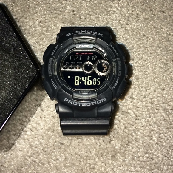 8d25ce7fe5 This is a Men's all Black G-Shock watch